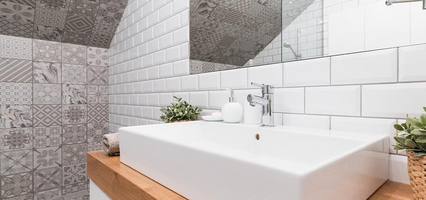 Badezimmer modern Fliesen Mosaik Kacheln
