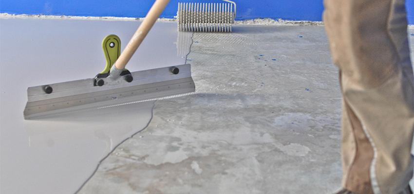 Zement- und Fließstrich Fliesen Estrich